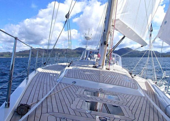 Viaggio organizzato in barca a vela nel conero