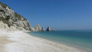 Conero viaggi organizzati Riviera trekking