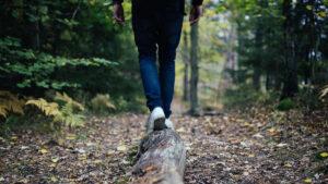 Viaggio organizzato Trekking e Yoga al Parco Gola della Rossa Frasassi