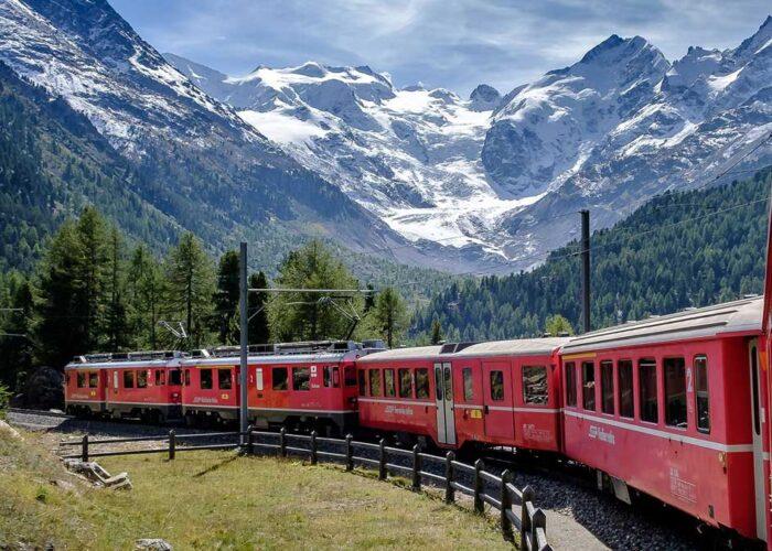 Lago di Como Trenino del Bernina St Moritz Lago di Como