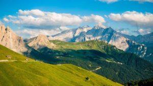 viaggio organizzato il Trenino dei Castelli nella Val di Non