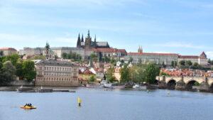 Praga vacanza organizzata a capodanno in pullman dalle marche viaggi